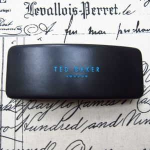 Ted Baker Glass Case                            A4